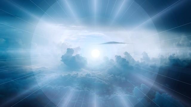 солнечный свет и небо
