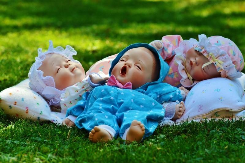 спящие детские куклы