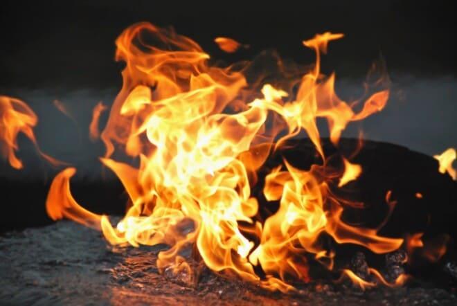 огонь над водой