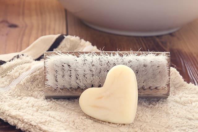 щетка и мыло
