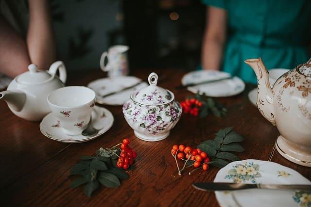 чаепитие за столом